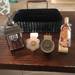 Four Plug-ins Wallflowers